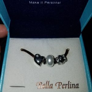 "NWT - Bella Perlina ""mom"" charms"